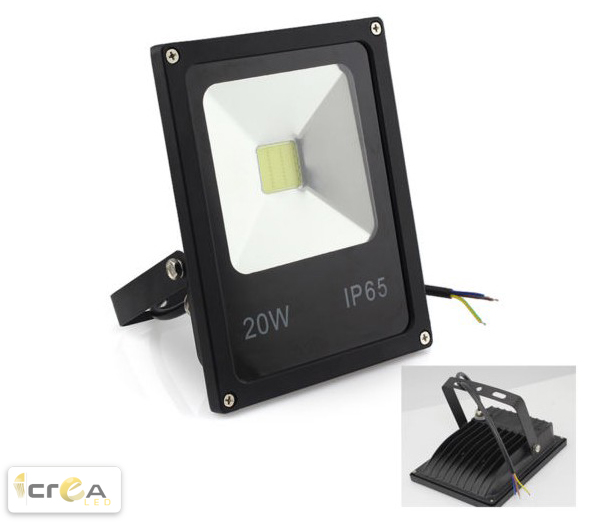Reflector Tipo FloodLight LED 20W producto